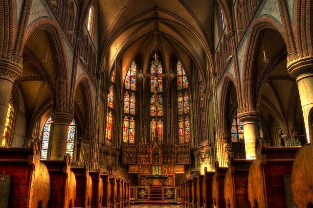 Vnitřek křesťanského kostela